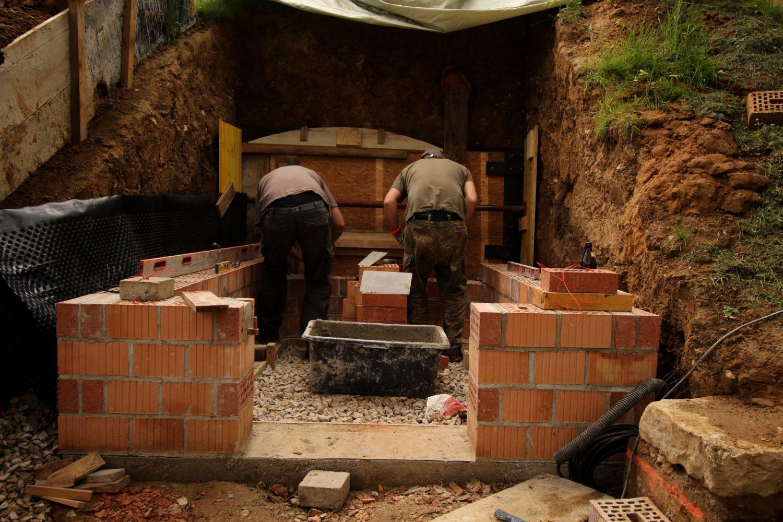 Maurerhandwerk: Stein Auf Stein